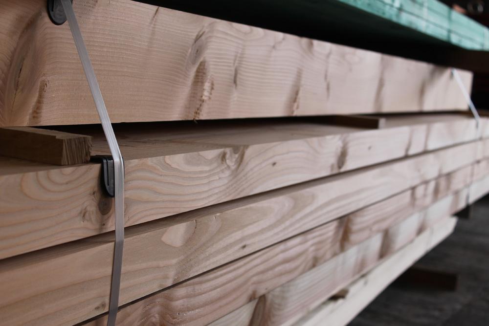 Préparation bois de charpente